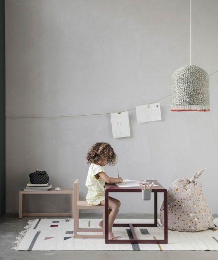 Ferm Living Sedia Little ArchitectRosa - ITZI HUB: il luogo sicuro per i tuoi regali 01
