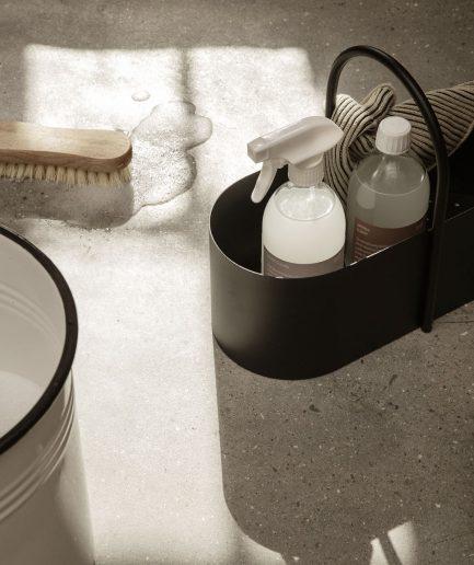 Ferm Living Toolbox Nero - ITZI HUB: il luogo sicuro per i tuoi regali