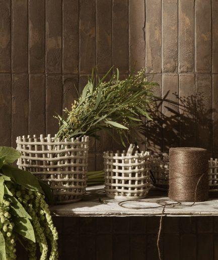 Ferm Living Vaso di Ceramica Piccolo - ITZI HUB: il luogo sicuro per i tuoi regali