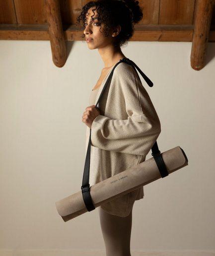 Monk & Anna Yoga Mat - ITZI HUB: il luogo sicuro per i tuoi regali